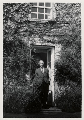 Photograph of Herbert Read at his house at Stonegrave taken by Tatsuo Fukai (1)